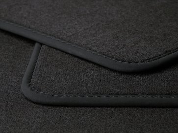 Velours car mat Q7 4L
